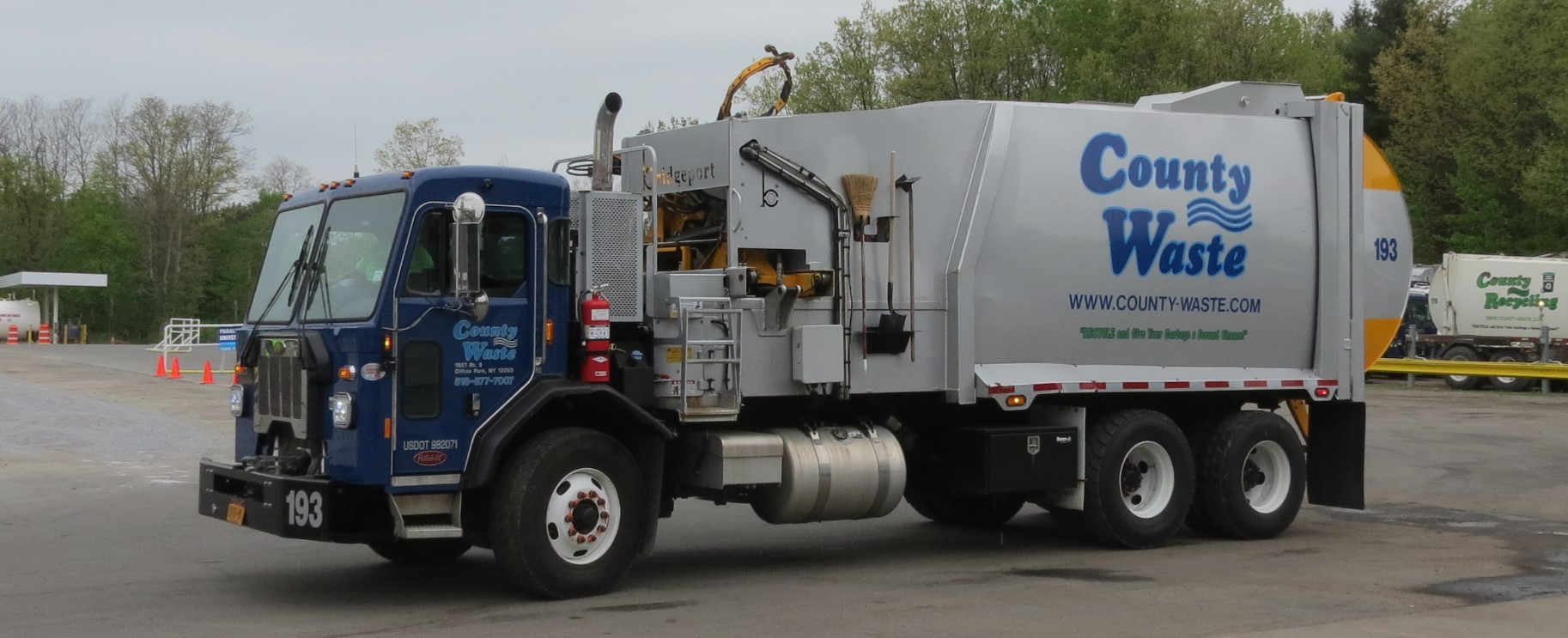 County Waste Truck